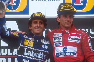 Na VN Australije 1993. Senna je ostvario svoju 41. i posljednju pobjedu u Formuli 1. Ujedno je to bila i posljednja utrka za Alaina Prosta koji se povukao kao svjetski prvak. Brazilac je na pobjedničkom postolju zagrlio svog najvećeg rivala i time pokazao veliko poštovanje koje je imao prema njemu. (7.11.1993.) Foto: Williams