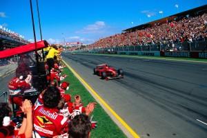 Eddie Irvine ostvario je 1999. prvu pobjedu u karijeri ispred Frentzena u Jordan Mugen-Hondi i Ralfa Schumachera u Williams Supertecu (7.3.1999.) Foto: Ferrari