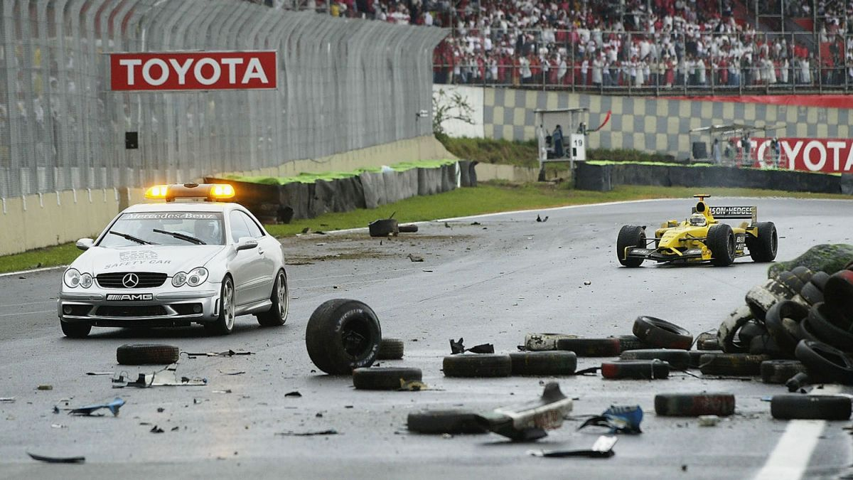 brazilian gp f1 2003 red flag crash fernando alonso