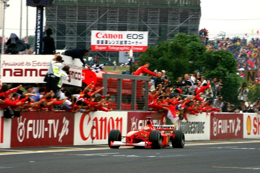 Michael Schumacher je pobjedom u Suzuki 2000. utrku prije kraja osigurao treći naslov prvaka i prvi vozački naslov za Ferrari od 1979. (8.10.2000.) Foto: tbk-light