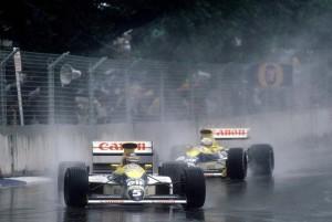 Thierry Boutsen vodi ispred Riccarda Patresea na putu prema dvostrukoj pobjedi Williams Renaulta. Belgijcu je to bila prva pobjeda u karijeri. (18.6.1989.) Foto: Williams