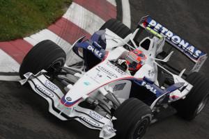 Robert Kubica upisao je prvu pobjedu u karijeri u Kanadi 2008., a bila je to ujedno i jedina pobjeda za tvorničku momčad BMW-a. Pobjedu je drugim mjestom upotpunio njegov momčadski kolega Nick Heidfeld. (8.6.2008.) Foto: BMW