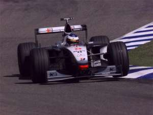 mika-hakkinen-mclaren-mercedes-mp4-13-german-gp-hockenheim-f1-1998 Foto West McLaren Mercedes