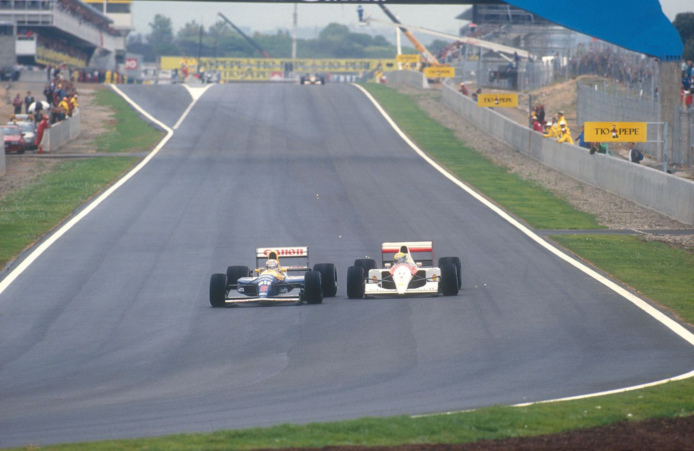 Nigel Mansell and Ayrton Senna spanish gp 1991 catalunya battle