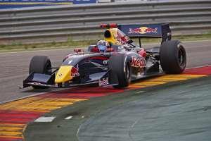 carlos-sainz-jr-formula-renault-3.5-motorland-spain-26-4-2014-foto-renaultsport