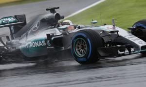 Mercedesovi vozači i dalje nisu sigurni što očekivati u kvalifikacijama nakon iznenađujuće lošeg nastupa na prošloj utrci u Singapuru. (25.9.2015.) Foto: Mercedes