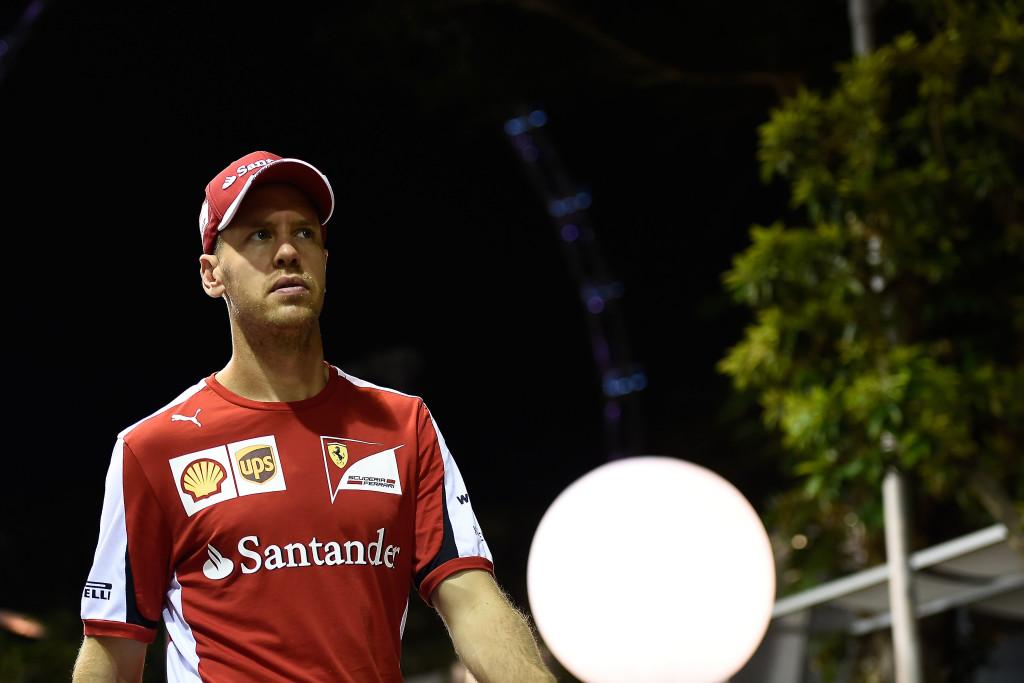 Sebastian Vettel na VN SIngapura 2015. Foto: Ferrari