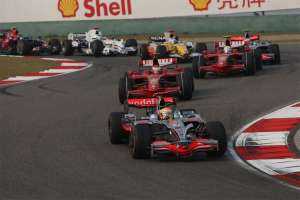 chinese-gp-f1-2008-start-of-the-race