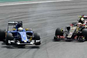 Marcus Ericsson (SWE) Sauber C34 and Pastor Maldonado (VEN) Lotus E23 Hybrid collide at Formula One World Championship, Rd18, Brazilian Grand Prix, Race, Interlagos, Sao Paulo, Brazil, Sunday 15 November 2015.