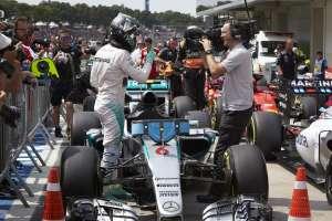 Nico Rosberg zadao je drugi uzastopni poraz Lewisu Hamiltonu u Brazilu