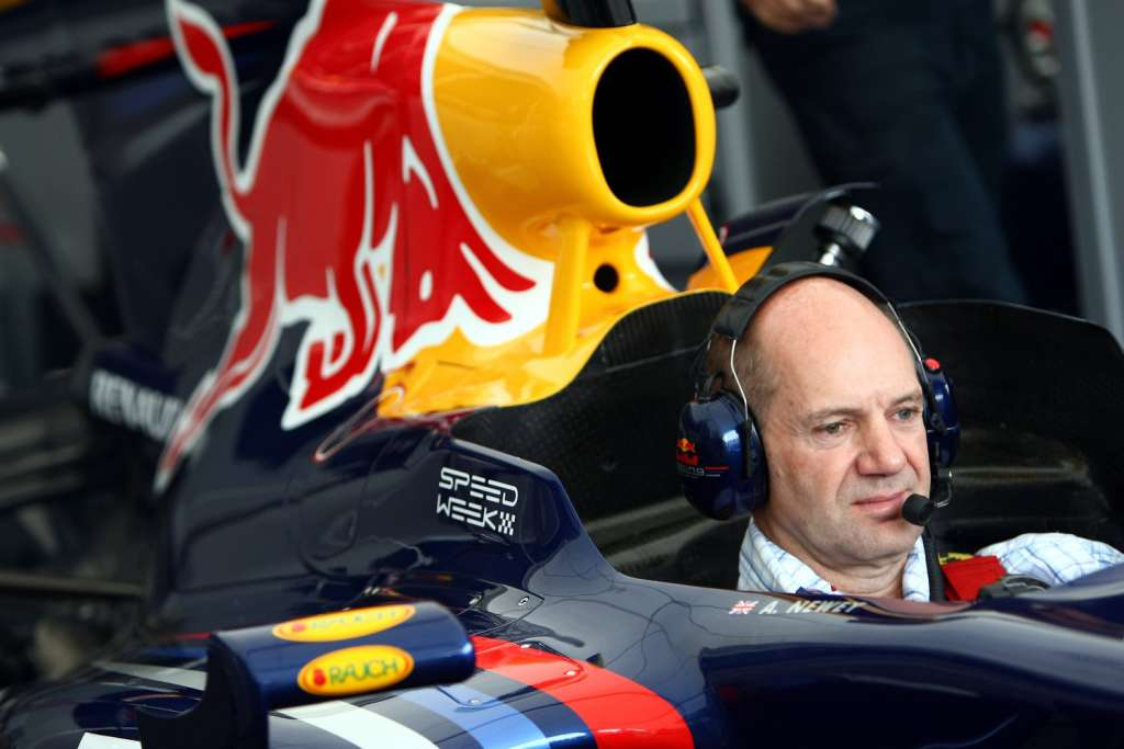 adrian-newey-sits-in-red-bull-rb5-speedweek