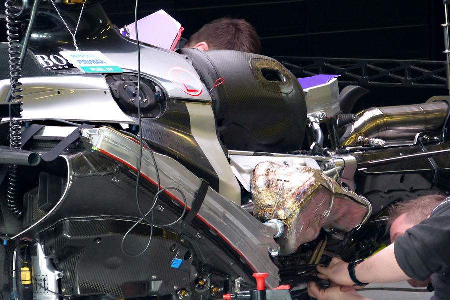 mercedes-f1-w06-hybrid-pu106b-australia-gp-melbourne-2015
