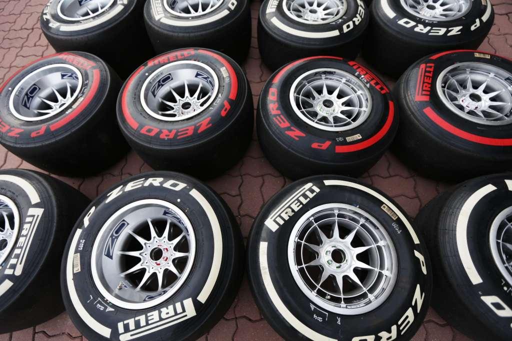 pirelli-f1-tyres-medium-supersoft