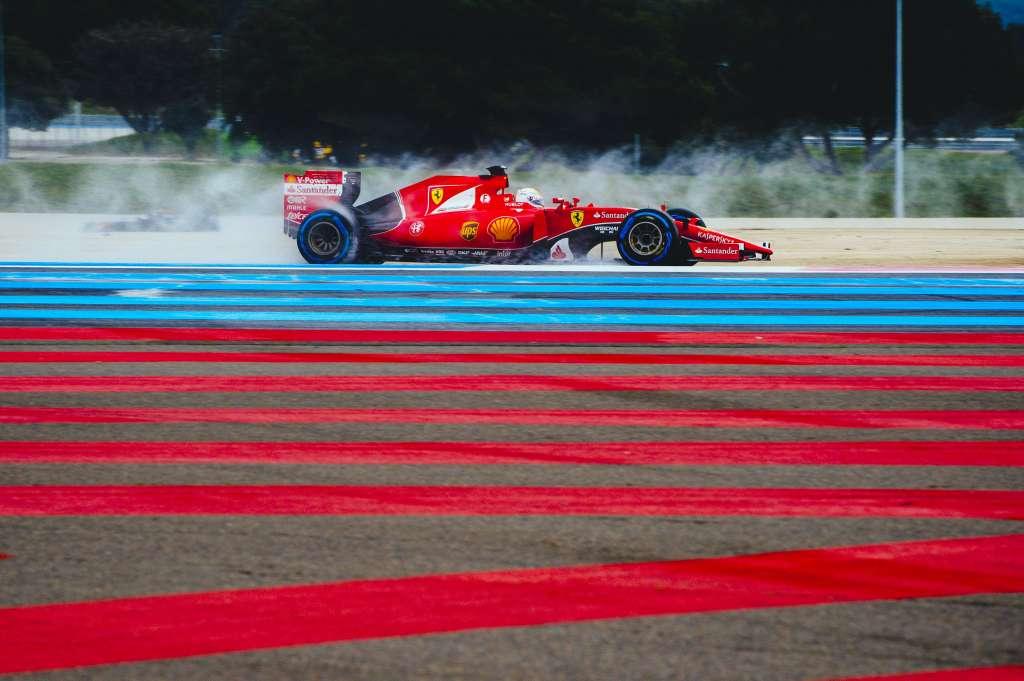 sebastian-vettel-ferrari-sf15t-pirelli-f1-wet-tyre-test-paul-ricard-2016