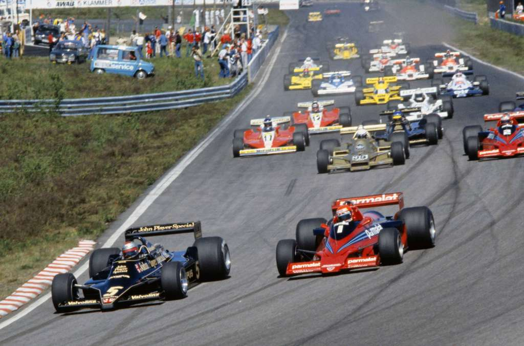 1978 Swedish Grand Prix Start, Andretti in the Lotus 79 Briefly Leads Lauda in the Brabham BT46B Fan Car.