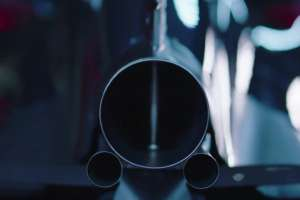 mclaren-honda-mp4-31-rear-three-exhaust-pipes