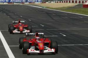 rubens-barrichello-michael-schumacher-ferrari-f2002-european-gp-nurburgring-f1-2002