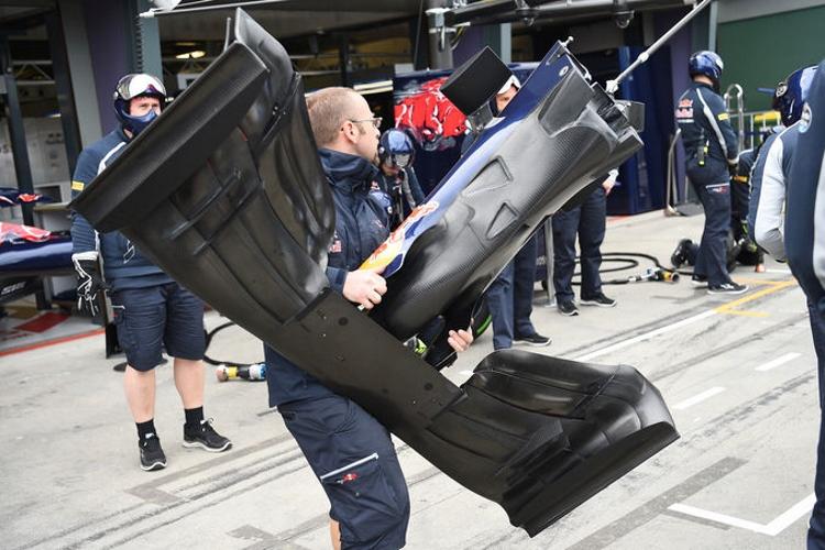 Toro-Rosso-Technik-GP-Australien-2016-fotoshowImage-731b5e1-937035