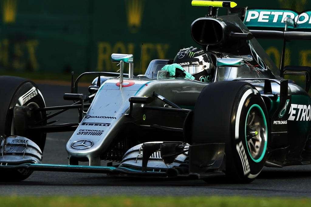 nico-rosberg-mercedes-w07-australia-gp-f1-2016-race