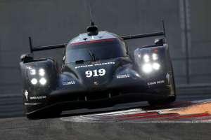 Porsche je u Abu Dhabiju prešao 4000 km u pet dana