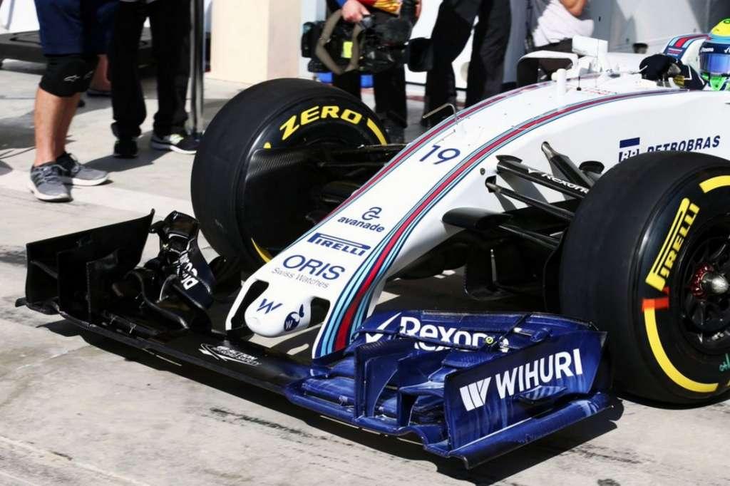 Williams FW38 new nose Bahrain GP F1 2016 aeropaint