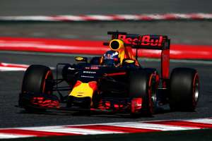 Daniel Ricciardo Red Bull TAG Heuer RB12 Spain GP F1 2016 Foto Red Bull