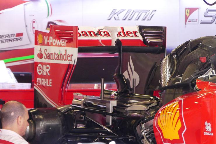 Ferrari SF16H under engine cover gearbox Spain GP Barcelona F1 2016 foto automotorundsport