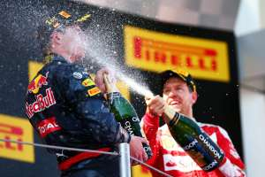 Max Verstappen Red Bull TAG Heuer RB12 celebration with Kimi Raikkonen Spain GP F1 2016 Foto Red Bull