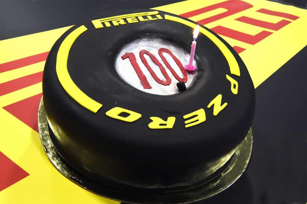 Pirelli F1 2016 Russia GP Sochi F1 100th consecutive race since Australian GP 2011. Foto Pirelli