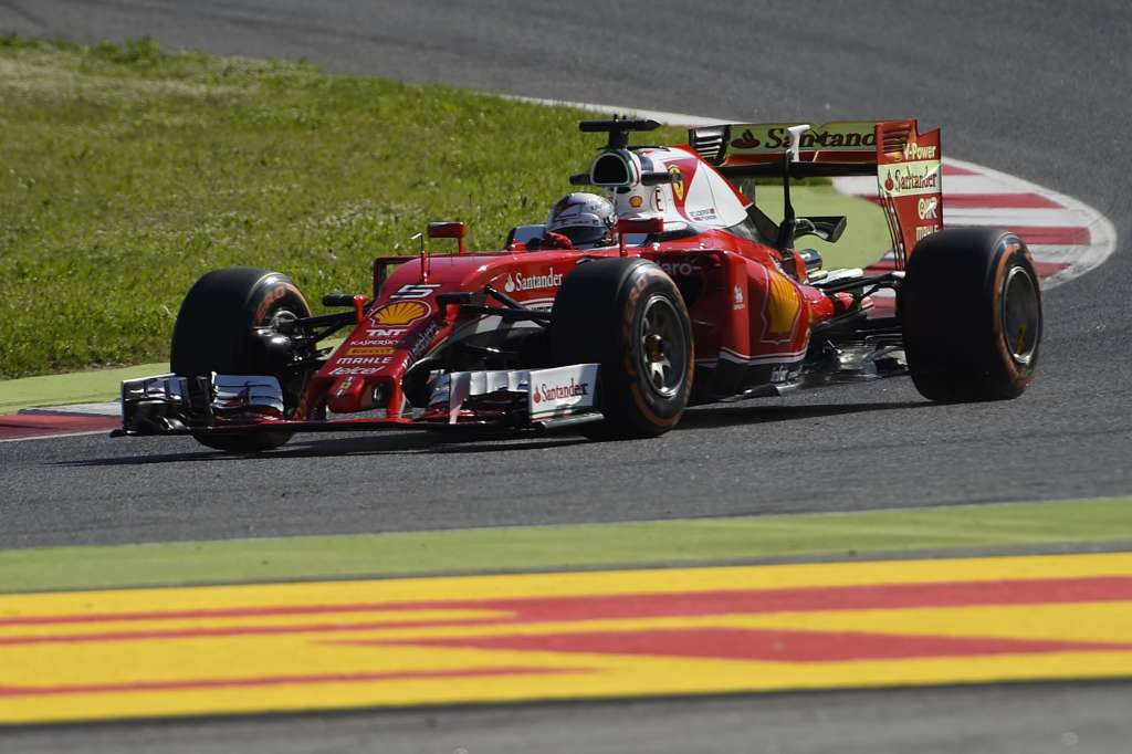 Sebastian Vettel Ferrari SF16-H Spain GP Barcelona F1 2016 Foto Ferrari