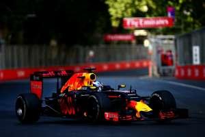 Daniel Ricciardo Red Bull RB12 TAG Heuer European GP Baku F1 2016 Foto Red Bull