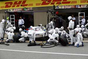 Felipe Massa Williams FW38 Mercedes Canada GP F1 2016 during his pitstop Foto Williams