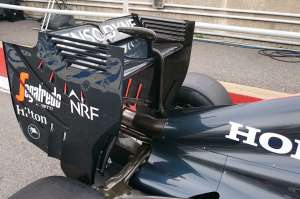 McLaren Honda MP4-31 Canada GP F1 2016 rear wing Foto Auto Motor und Sport