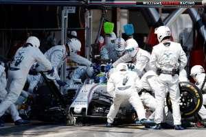 Pitstop-Felipe-Massa-Race-2016-Spanish-GP-Williams-F1-Team-Foto-thisisf1