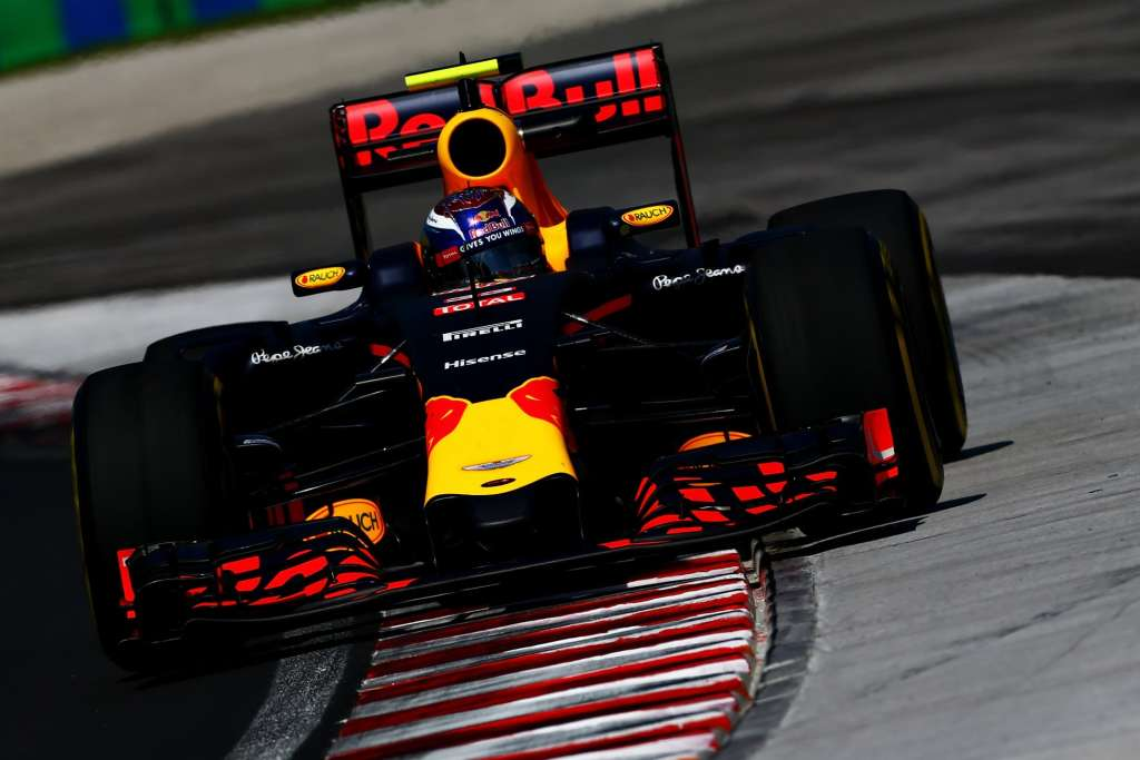 Max Verstappen Red Bull RB12 TAG Heuer Hungarian GP F1 2016 Foto Red Bull