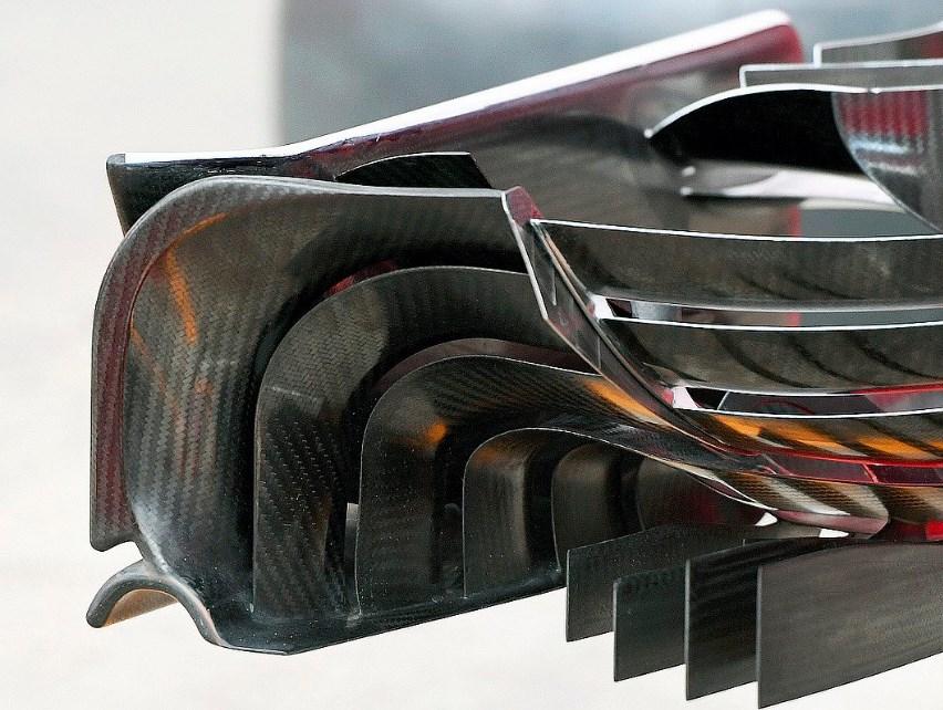 Ferrari SF16-H front wing from behind Austria GP F1 2016 foto Sutton