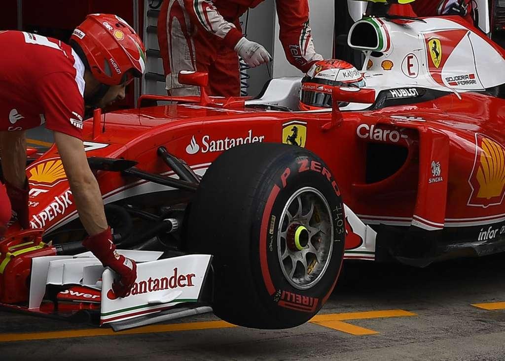 Ferrari front wing Austria in pits F1 2016