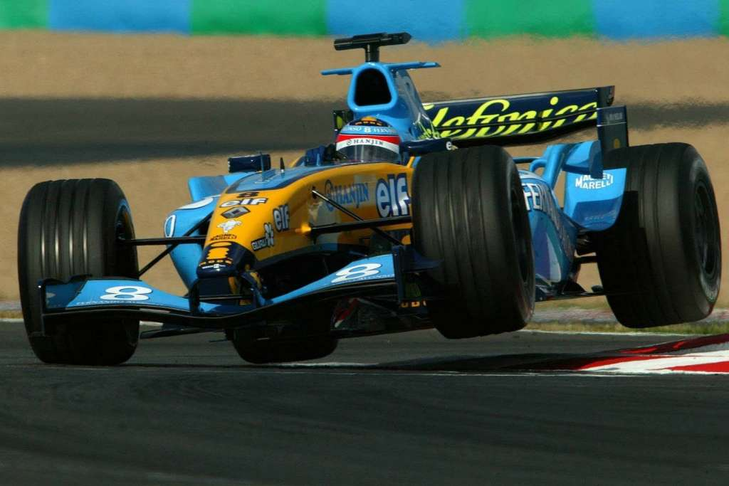 Fernando Alonso Renault R24 French GP Magnycours F1 2004 Foto Renault
