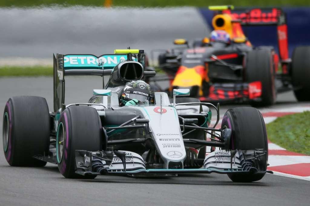 Nico Rosberg Max Verstappen Austrian GP F1 2016 Foto Red Bull