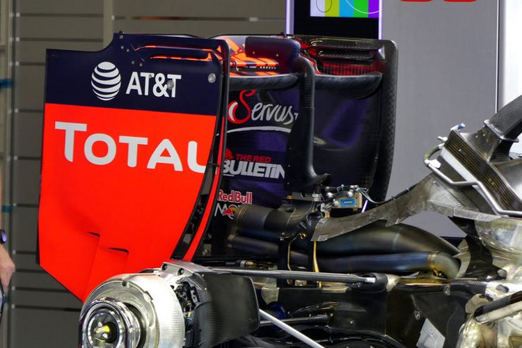 Red Bull RB12 TAG Heuer Belgian GP F1 2016 under engine cover rear wing Foto Auto Motor und Sport