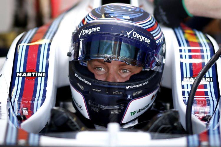 Bottas Williams F1 2016 helmet Foto Williams