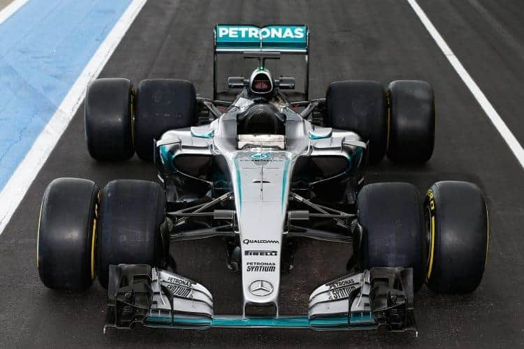 Pascal Wehrlein Mercedes W06 Hybrid 2017 tyre test comparison with 2016 front Paul Ricard Foto f1fantic-XPB