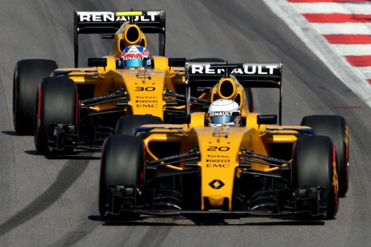 magnussen-and-palmer-2016-f1-renualt-rs16-foto-thisisf1