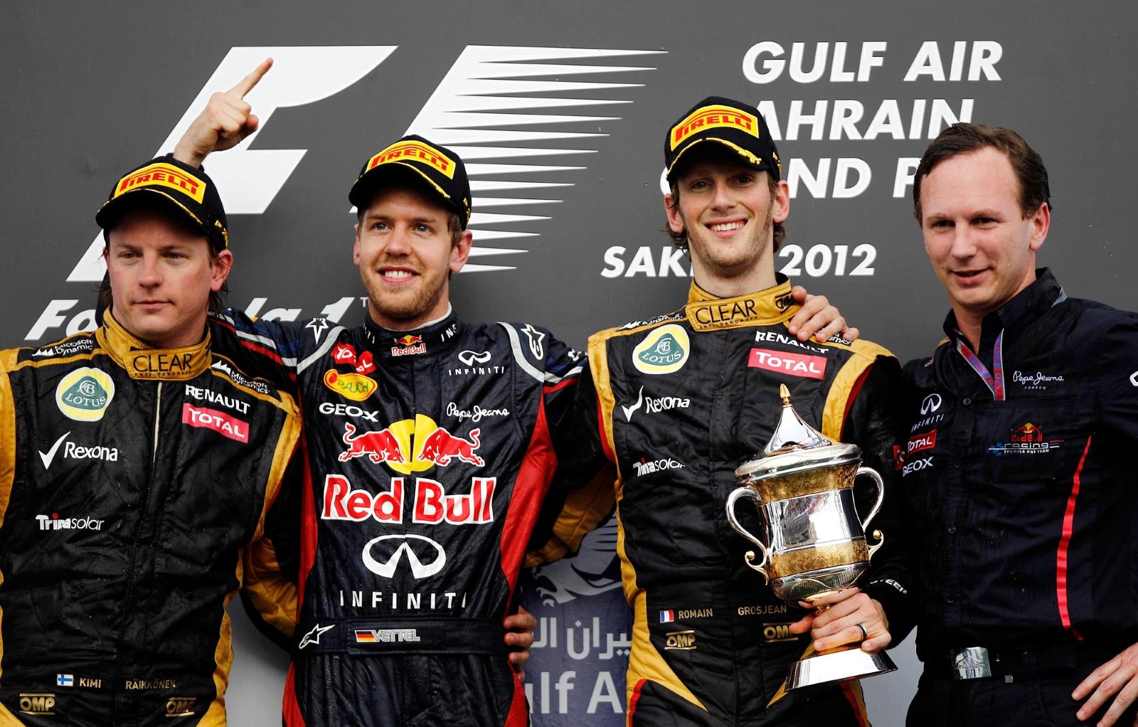 Romain Grosjean je na četvrtoj utrci prvenstva u Bahrainu 2012. osvojio prvo pobjedničko postolje u karijeri, iza pobjednika Vettela i momčadskog kolege Kimija Raikkonena (22.4.2012.) Foto: f1-fanatic
