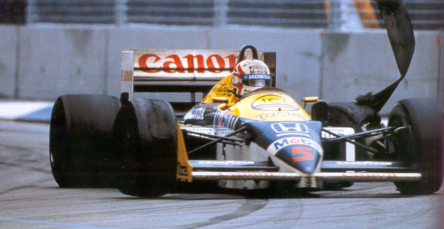 Trenutak koji je odlučio prvenstvo 1986. – Mansell odustaje s trećeg mjesta koje bi mu donijelo naslov prvaka. (26. 10. 1986.) Foto: video2f1