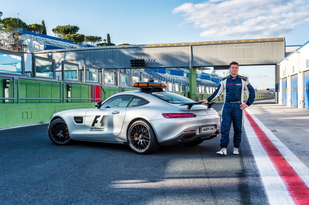 Bernd Maylander (rođen 29.5.1971.) vozi sigurnosni automobil u Formuli 1 od prve utrke sezone 2000. Propustio je samo jednu utrku, VN Kanade 2001. na kojoj je bio ozlijeđen i na kojoj ga je mijenjao Marcel Fässler.