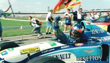 michael-schumacher-benetton-renault-b195-celebrates-victory-german-gp-hockenheim-f1-1995-foto-itsawheelthing