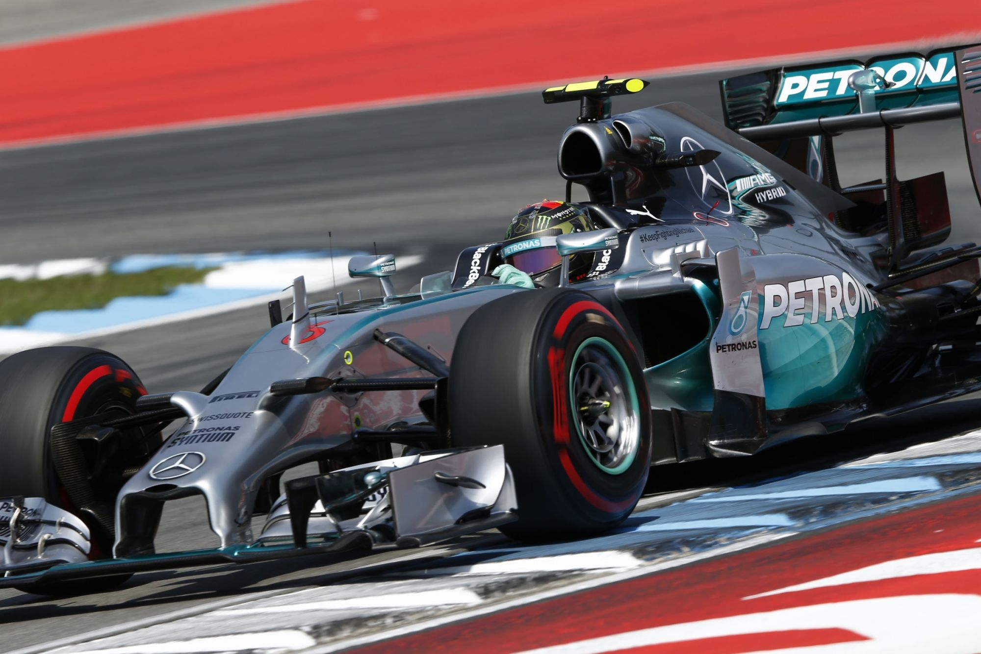 nico-rosberg-mercedes-w05-hybrid-german-gp-winner-hockenheim-f1-2014-foto-mercedes