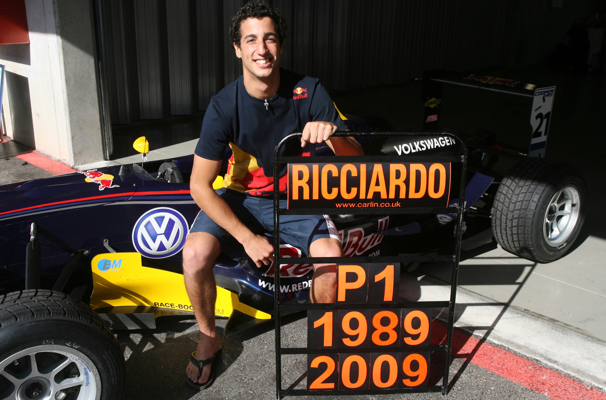 ricciardo-british-f3-champion-portugal-algarve-13-9-2009