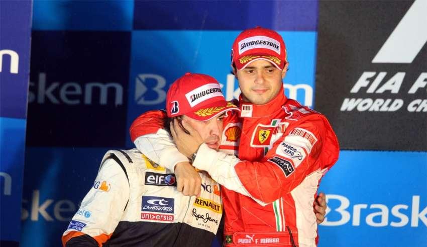felipe-massa-fernando-alonso-brazil-gp-interlagos-f1-2008-podium-hug
